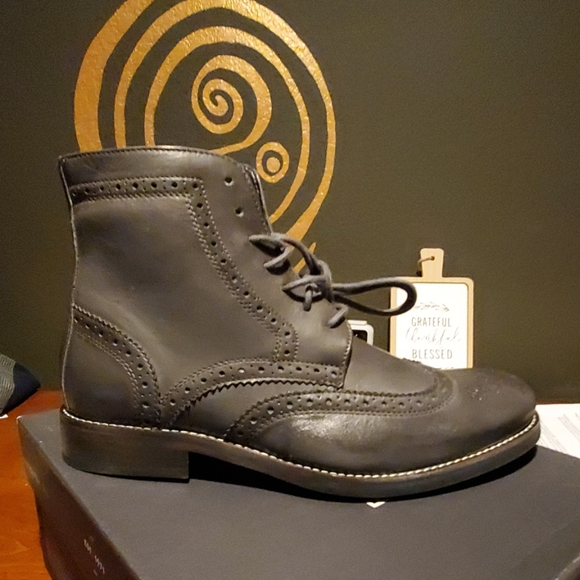 Rockport Other - Wingtip Boots